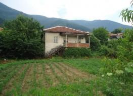 Продажа старого дома в районе Петрича