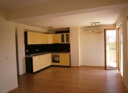 Трехкомнатная квартира в новом доме в Сандански