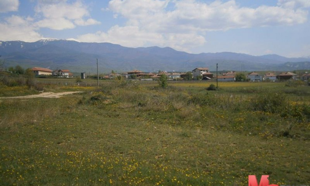 Участок в поселке Лешница — район города Сандански