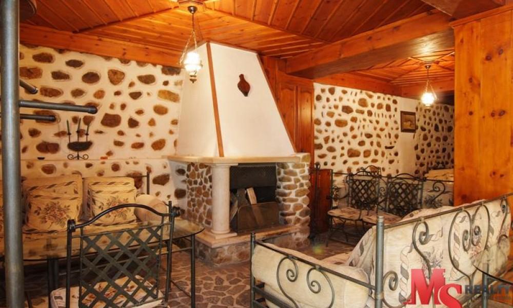 Продажа отеля в городе-музее Мельник