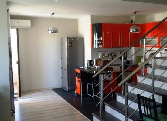 Двухуровневая квартира в Сандански