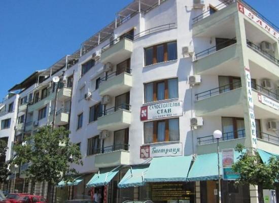 Семейный отель в городе Сандански