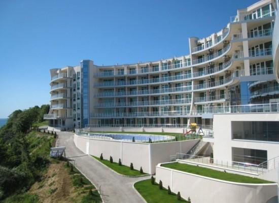 Продажа квартир на первой береговой линии в г.Бяла
