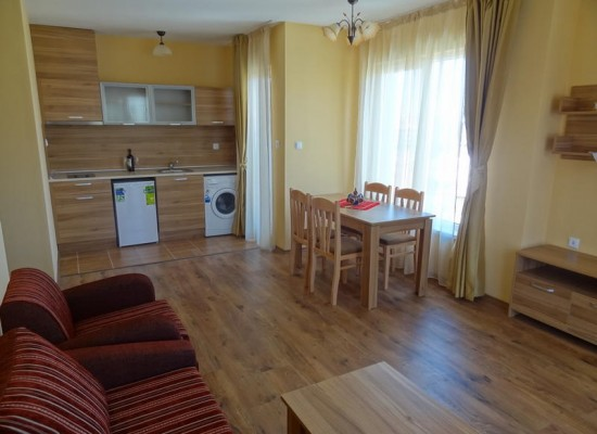 Продажа апартаментов в тихом районе Солнечного берега