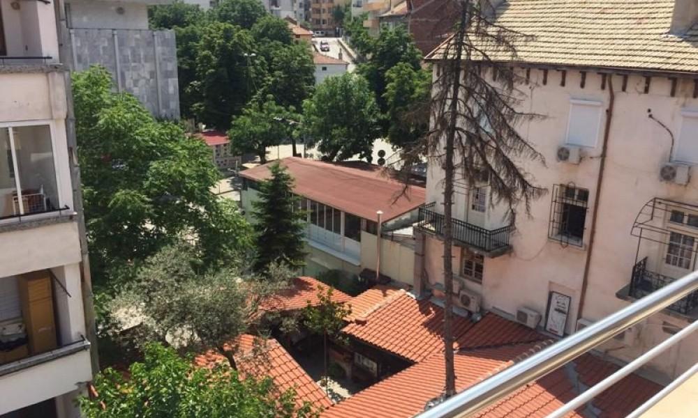 Двухкомнатная квартира в центре г.Сандански