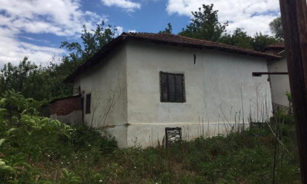 Продажа дома в поселке Струмяни