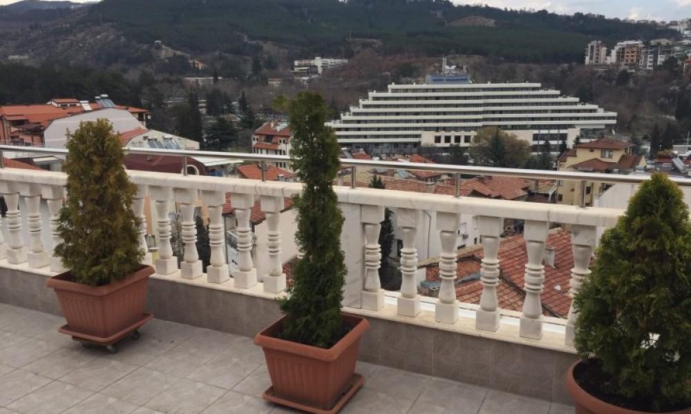 Двухкомнатная квартира в центре Сандански